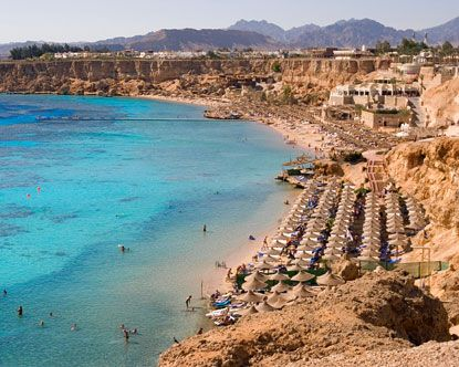 Egyptian Beach Fact Alexandria Is A Main Summer Resort And Tourist Attraction Due To Its Vast Number Of Public An Sharm El Sheikh Sharm El Sheikh Egypt Egypt