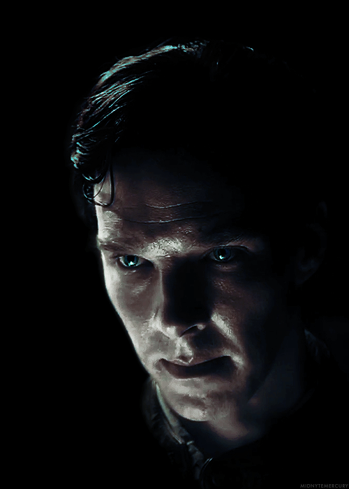 "Step Into The Light Glamorous Step Into The Light"" Little Favour  Benedict Cumberbatch Design Decoration"