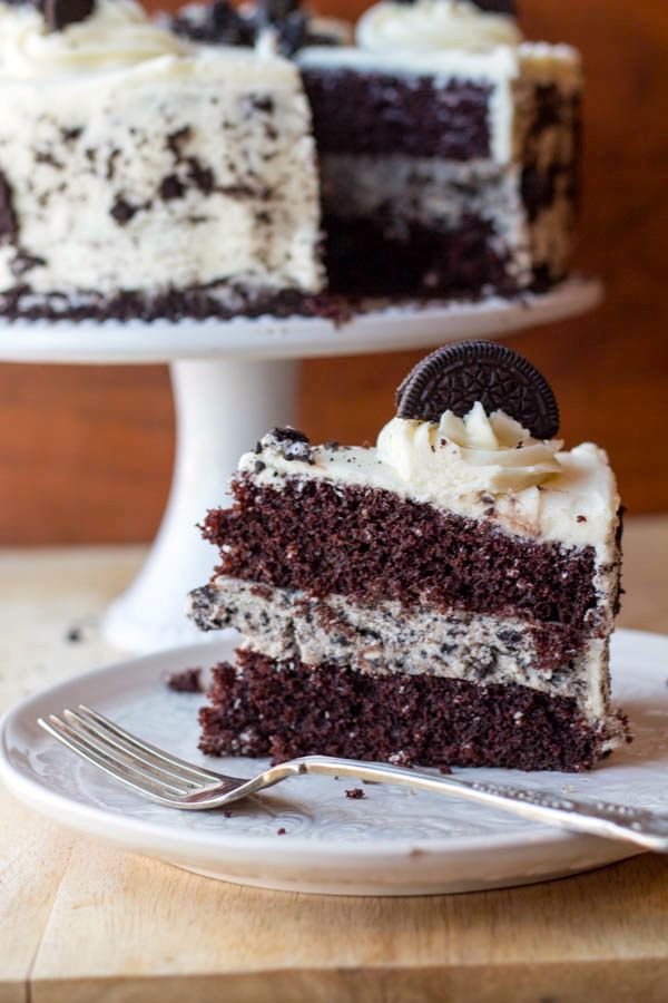 Cookies and Cream Cheesecake Cake #cookiesandcreamcake