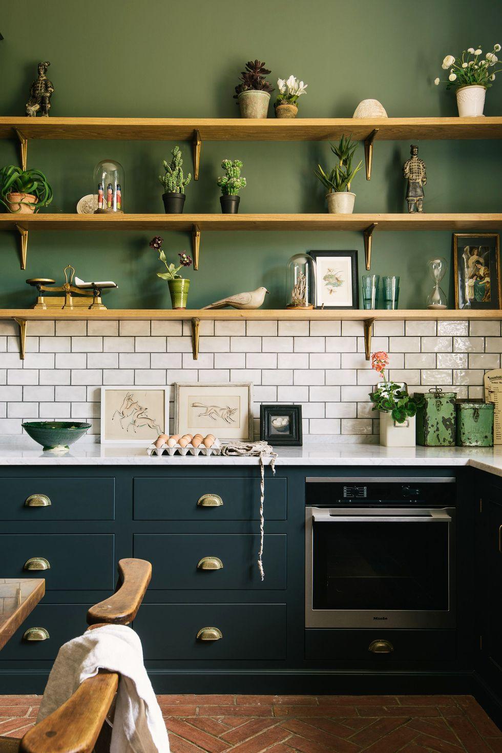 55 Chic Kitchen Backsplash Ideas That Will Transform the Entire Room