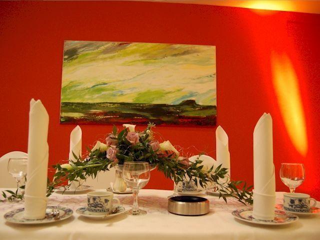 Unglaublich Legende Tischdekoration Kleiner Saal Www Festsaal Forc Dekoration Hochzeit Dekoration Tischdekoration Hochzeitsdekoration