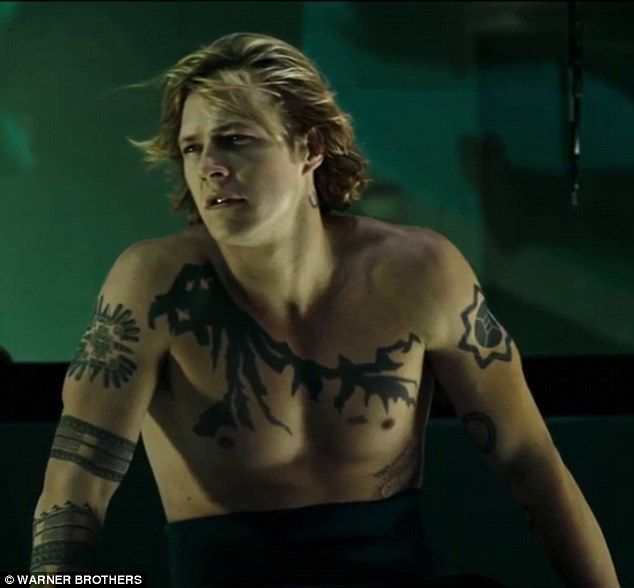 Luke Bracey Reveals Full Body Tattoos In The Second Point Break Teaser Luke Bracey Point Break Tattoo Point Break