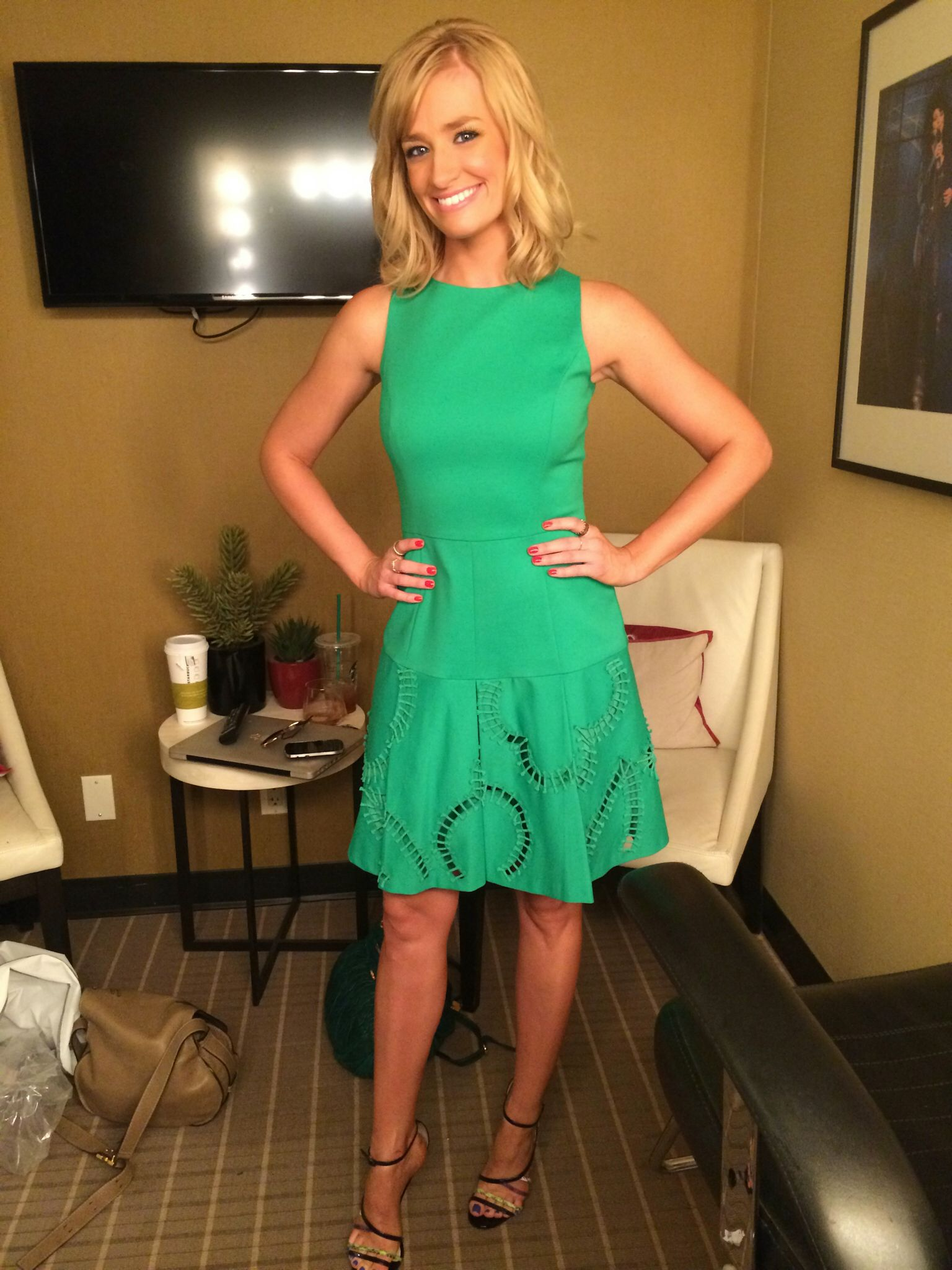 Today s guest co host Beth Behrs looked adorable in the green dress