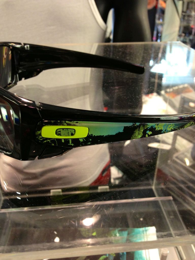 Oakley  Hawaii  Edition  Fuel  Cell  Sunglasses  OakleyForum Find out 44be8cc312