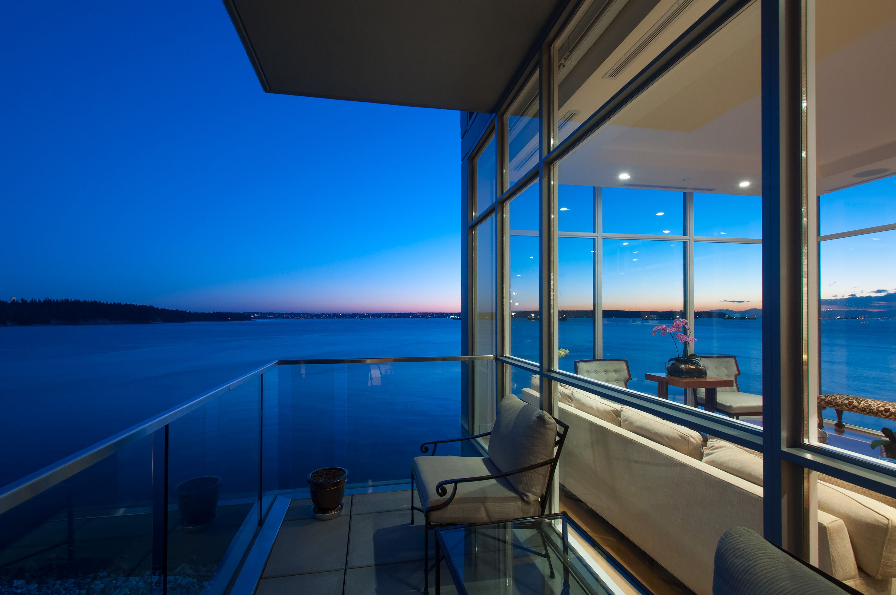 Patio with a view in West Vancouver's most luxurious condo #blurrdMEDIA #architecture #photography