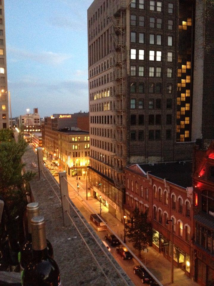 Zen On 7 Rooftop Bar In Milwaukee Wi Rooftop Bar Rooftop Zen