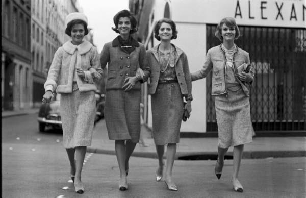 Chanel Look Date taken:1961 Photographer:Paul Schutzer