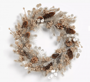 This festive Christmas wreath is under £40! Add the wow factor to your Christmas decorations with this stunning wreath in shades of gold featuring berry sprigs, honesty leaves and real pine cones. Size 60cm. Click to buy. #AD #AF #Amazon #HomeGuideExpert #Christmas #ChristmasGifts #Xmaspresent #Xmasgift #Christmaswreath #Christmasdecorations #Christmas #xmasdecorations #Christmasiscoming #Christmastime #Christmasberries #festivewreaths #Christmastraditions #Christmasfrontdoor