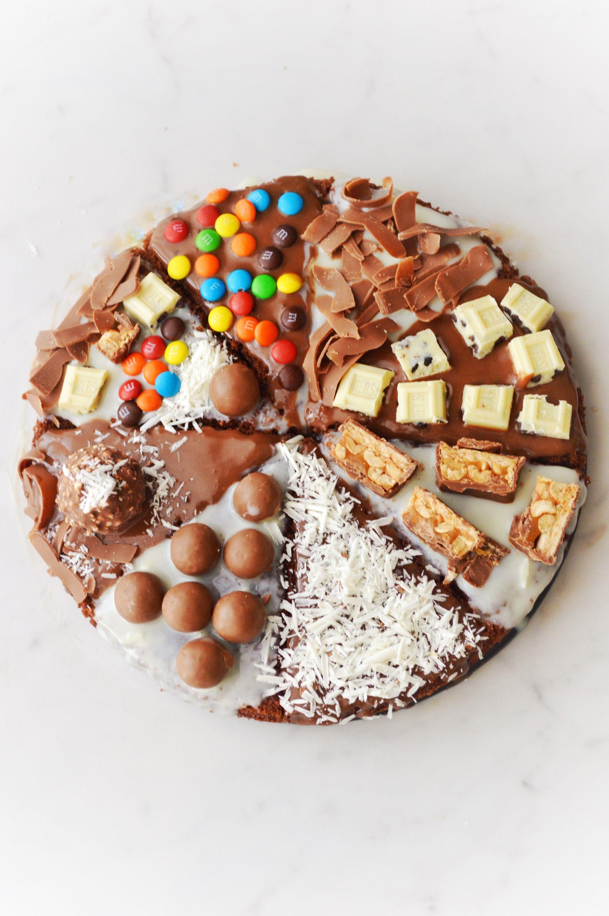 Chocolate Cake Pizza Savory Sweetfood Recipe Chocolate Pizza Desserts Candy Pizza