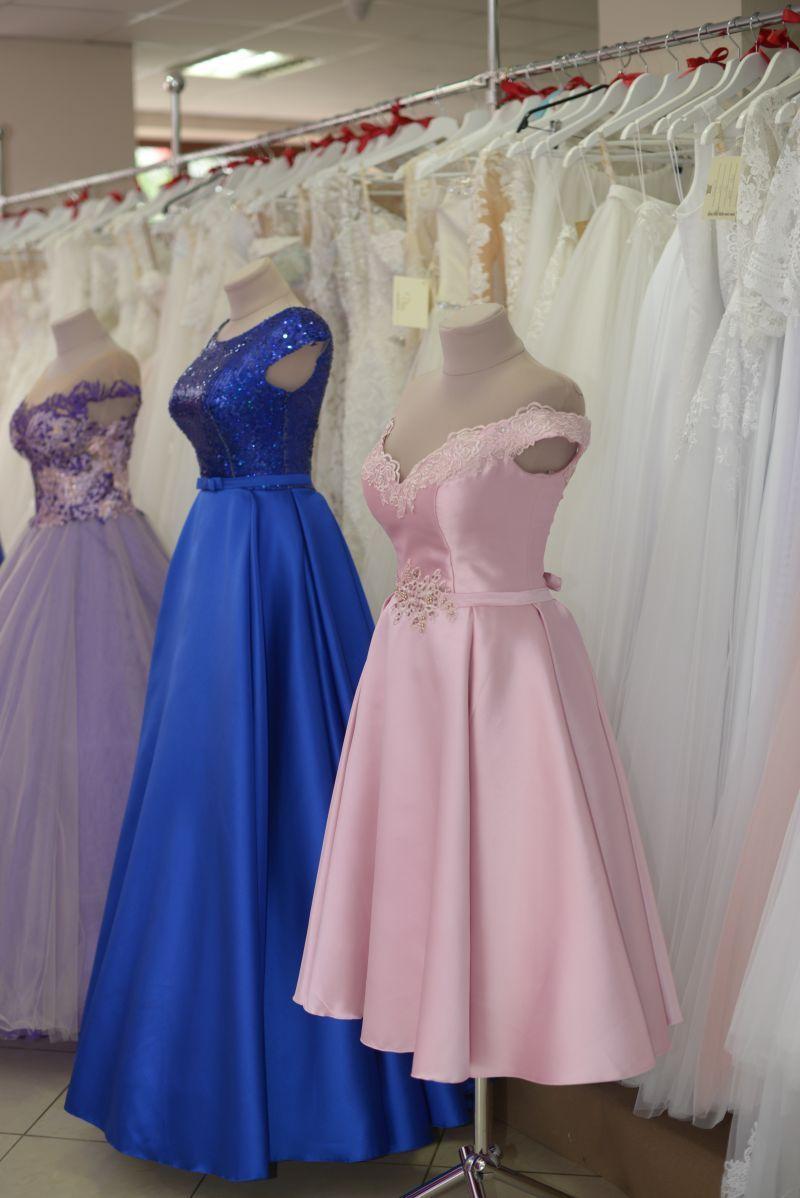 8ce6ce4e0d12 krásne šaty na stužkovú