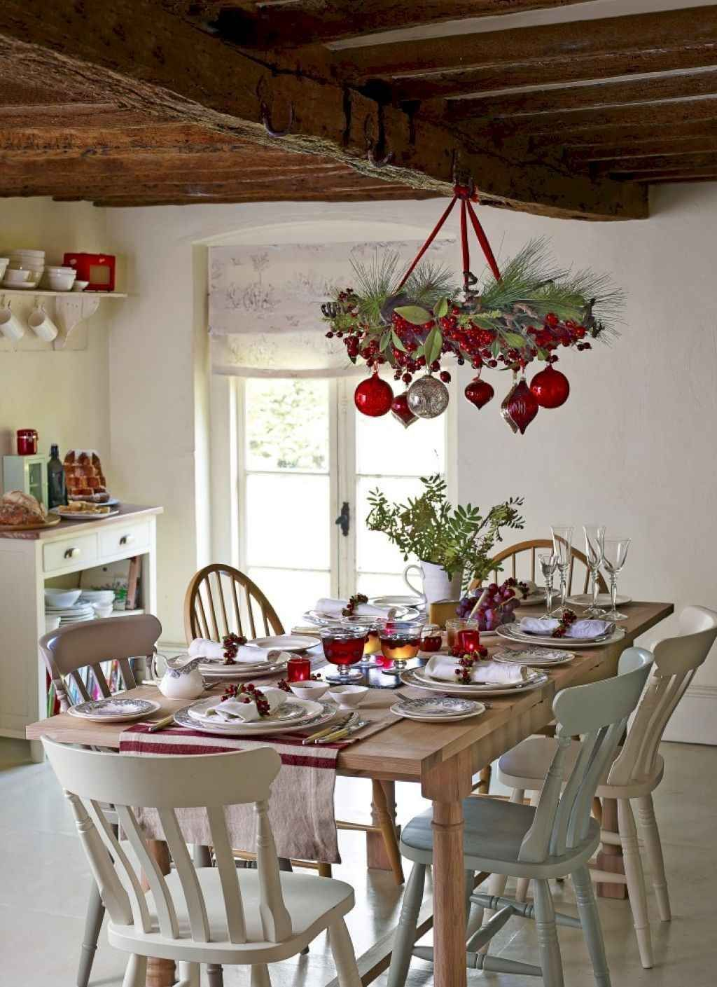 34 Awesome Winter Dining Table Decor Ideas Christmas Kitchen Decor Christmas Dining Room Decor Christmas Dining Table Decor