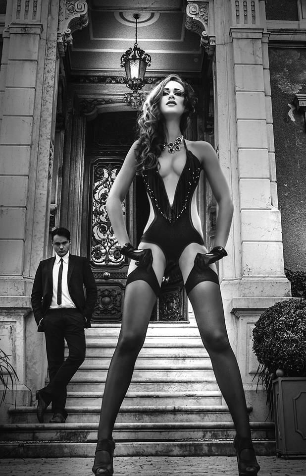 uninhibited Domina Bildergalerie sensually adventurousand love older