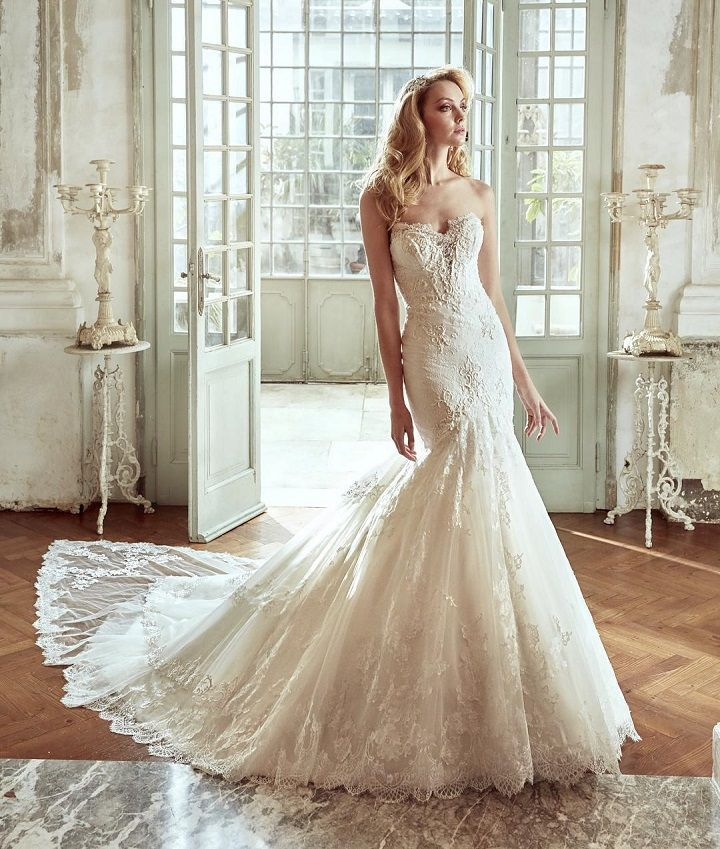 Strapless Mermaid Wedding Dress Inspiration - Wedding dresses #weddingdress #weddingdresses #weddinggown #bridalgown #bridaldress #bride #mermaidgown #wedding
