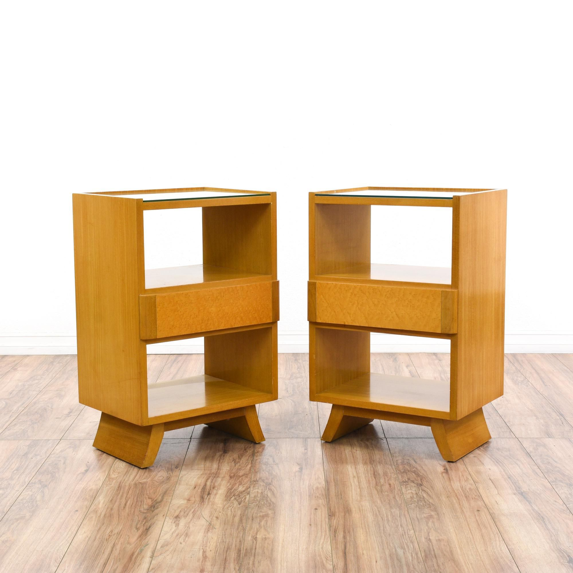 Best This Pair Of Rway Nightstands Are Featured In A Solid 640 x 480