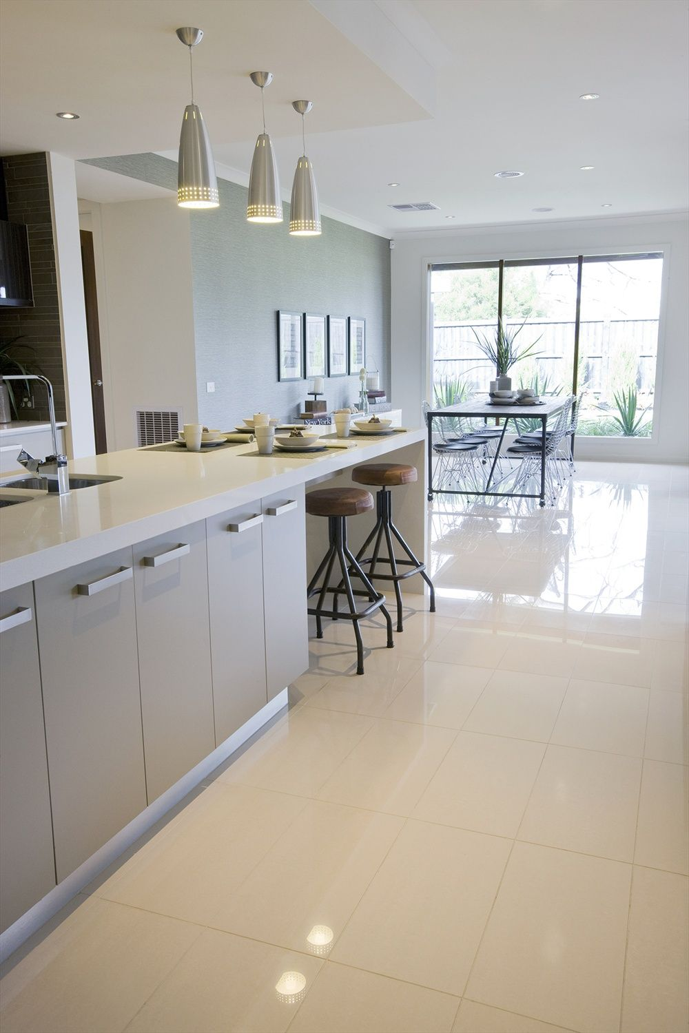 What do you think of this kitchens tile idea i got from - Flooring ideas for living room and kitchen ...