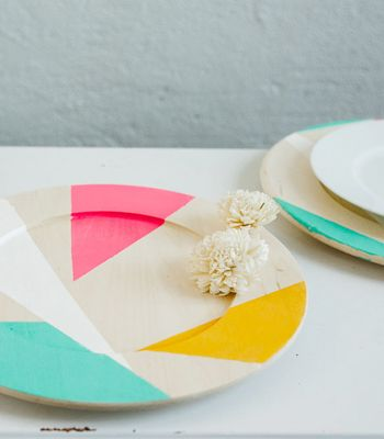 DIY Charger Plates | Color Blocked Chargers | Confetti Pop