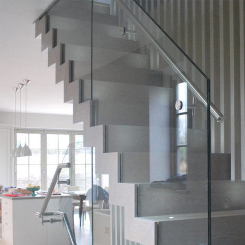 Best Zig Zag Staircases Design Oak And Glass Stairs 400 x 300