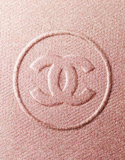 everlytrue:  [Chanel]