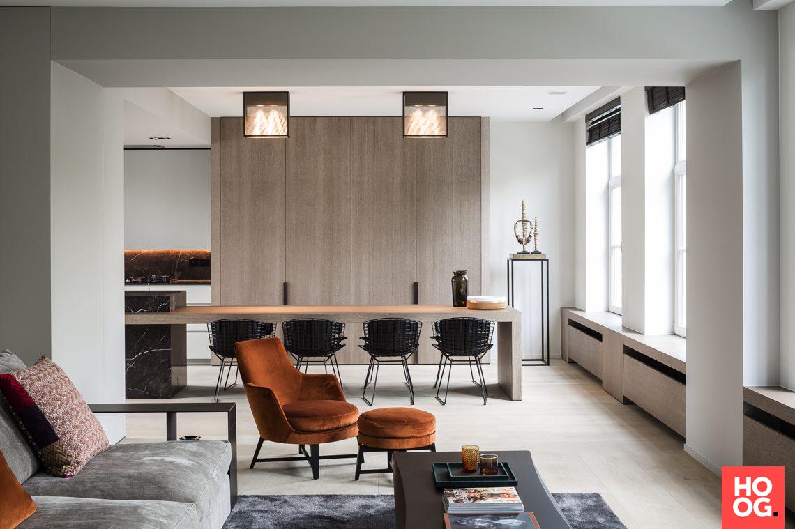 Moderne woonkamer met luxe meubelen | Boekenplank | Pinterest