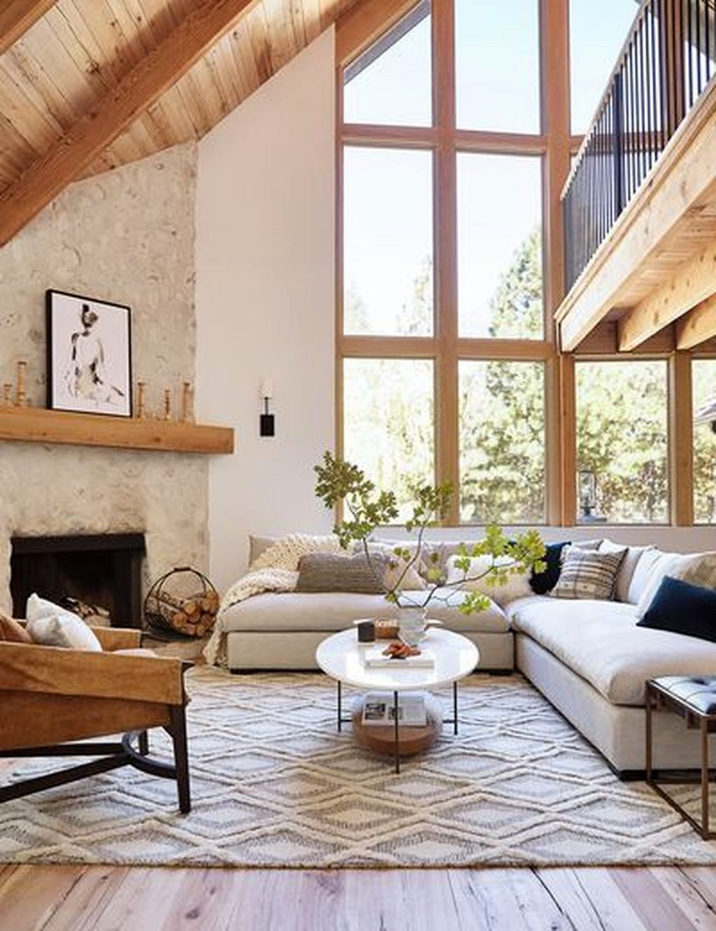 29 Wonderful Winter Rugs Design Ideas For Living Room Decor 18 Best Inspiration Ideas That You Want In 2020 Modern Rustic Living Room Rustic Living Room Hotel Interiors