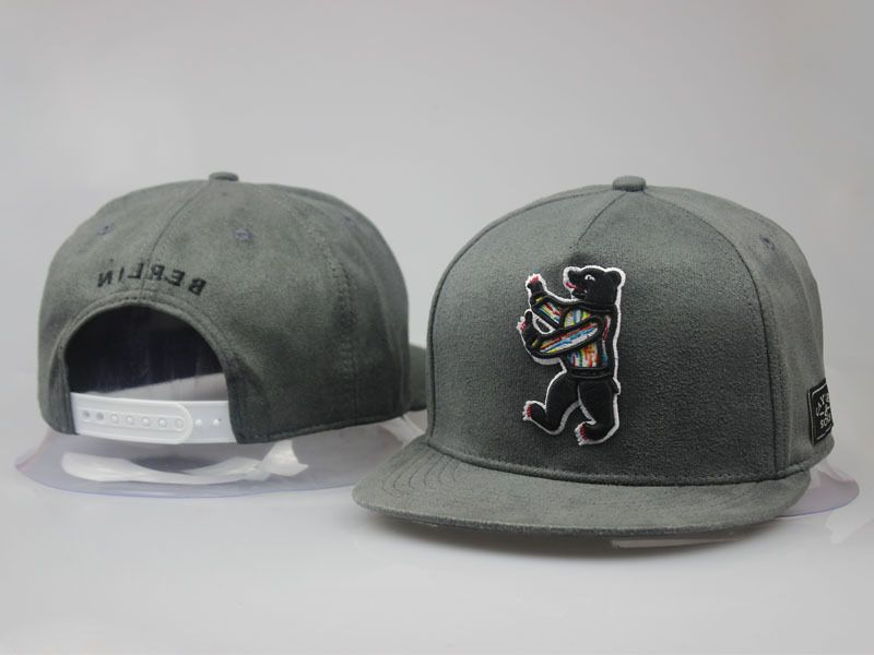 na stopach o moda designerska nowy autentyczny Men's Cayler & Sons C & S Berlin Bear Logo Siggi Smallz ...