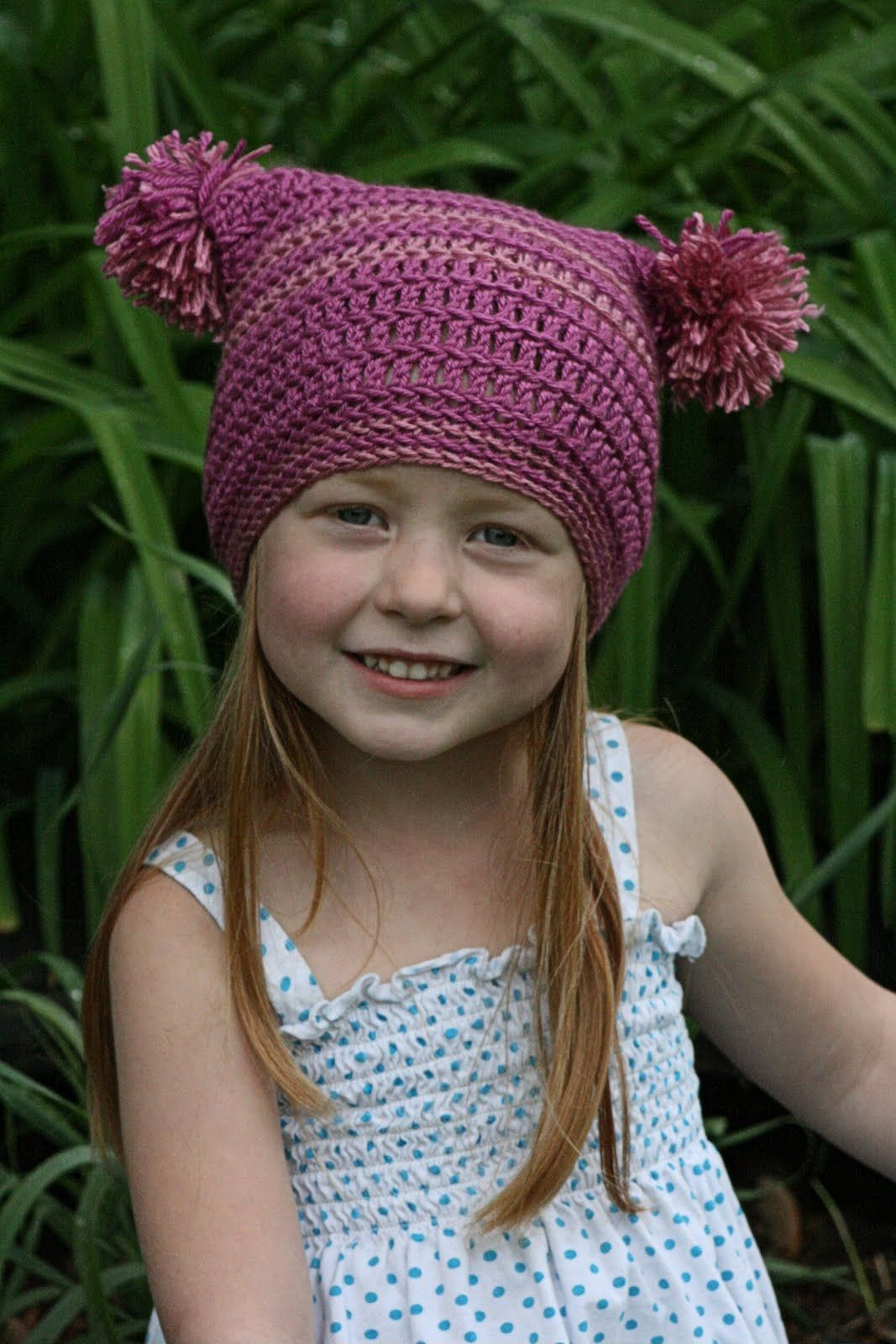 Free Crochet Pattern To Make This Pom Pom Hat Pom Poms Tassels