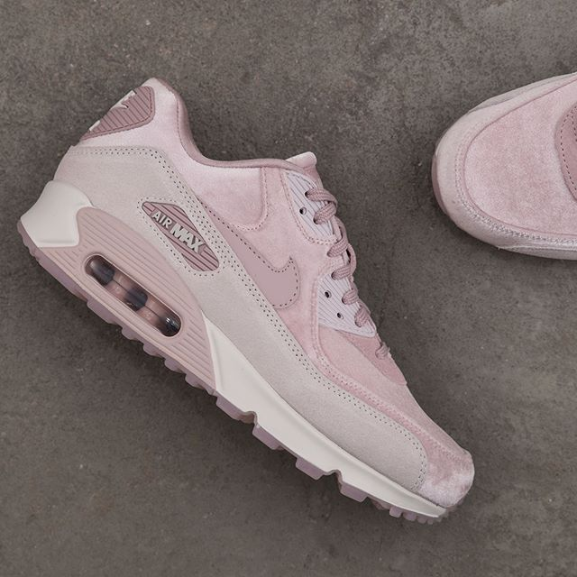 lowest price e18d2 bcd22 Nike Wmns Air Max 90 LX - 898512-600 airmax90lx,footish,Nike,Sneakers, sneakers,sweden,uppsala,velvet,www.footish.se