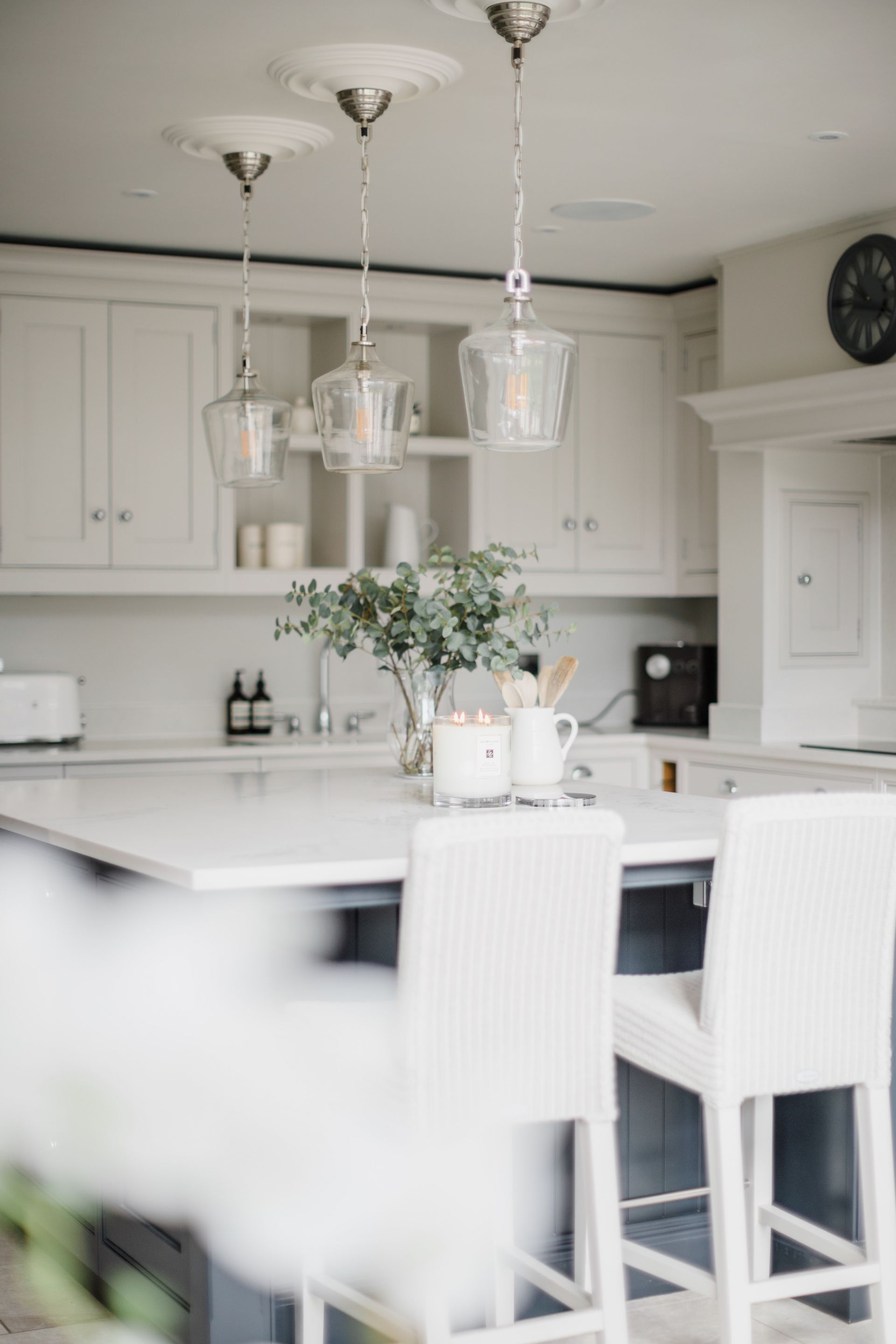 How To Make Your Home Spring Perfect By Lydia Elise Millen Lydiamillen Springd How To Make Your Home In 2020 Kitchen Design Home Decor Kitchen Lydia Elise Millen