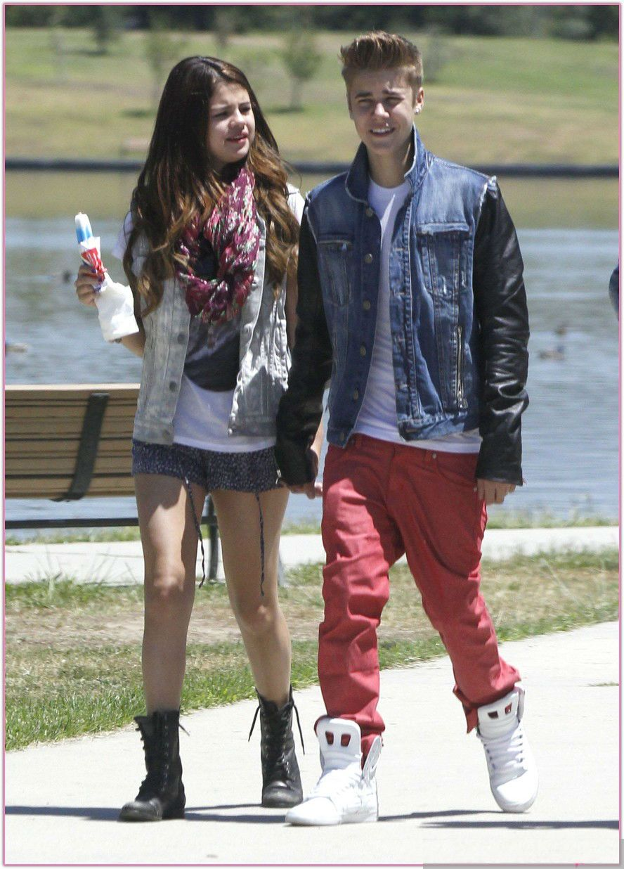 is justin bieber and selena gomez dating 2013