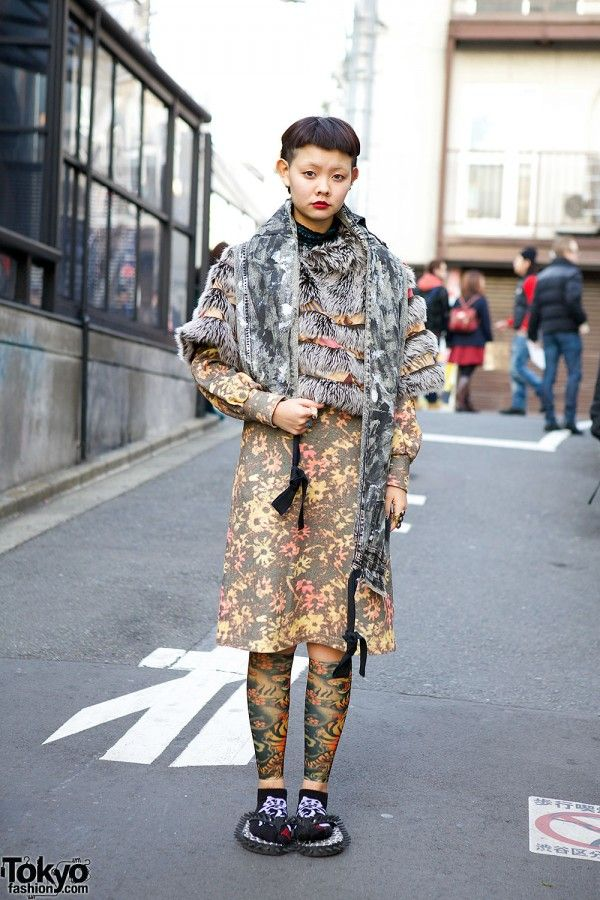 Yuki is a #Bunka #Fashion College student with a cool shaved #hairstyle who we met on the street in #Harajuku. Her look features a resale floral dress, a faux fur capelet, several other vintage/resale pieces, and spiked sandals from Dog Harajuku. Closeups of Yuki's look are posted here!! #tokyofashion