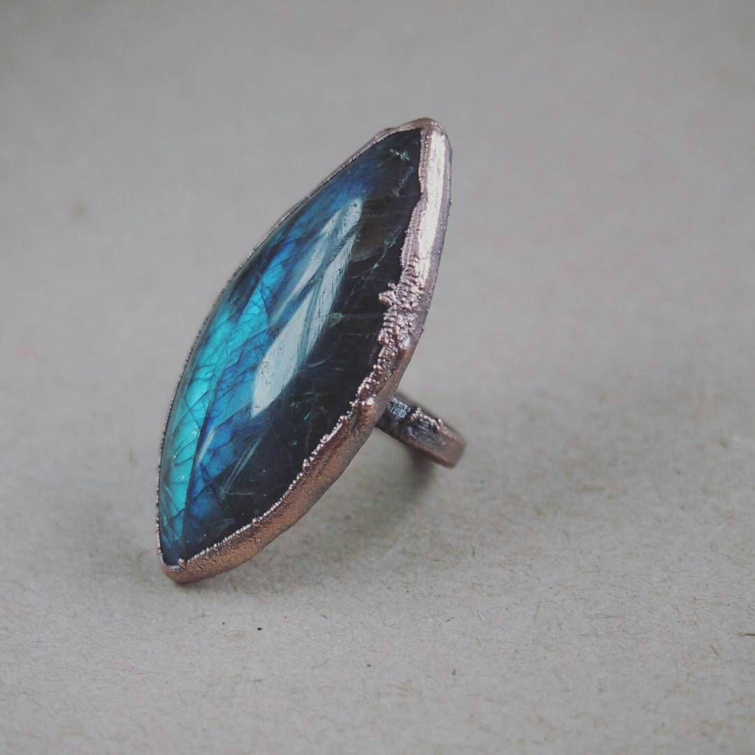 Labradorite ring size boho witchy rough and unique design