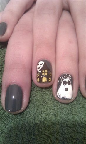 Spooky House - Nail Art Gallery nailartgallery.nailsmag.com by nailsmag.com