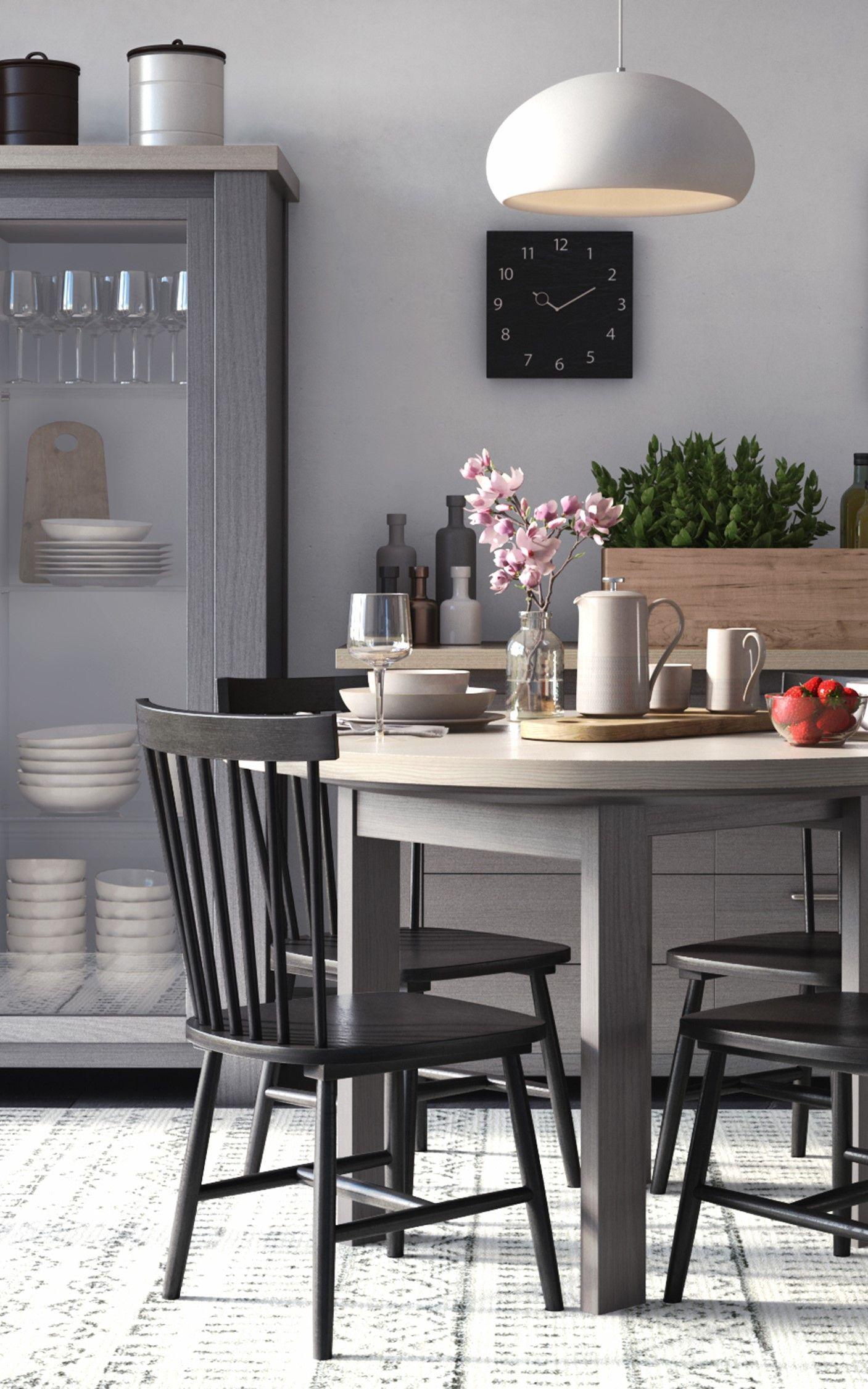 Gemütlicher Esstisch in der Küche, runder Esstisch zum ausziehen ...