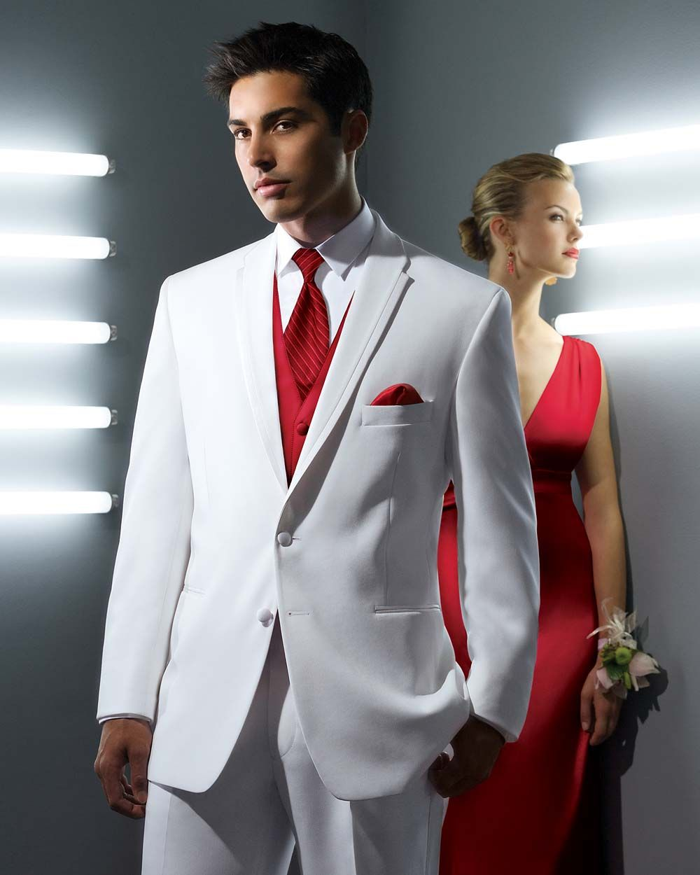 Fancy Grooms Attire Wedding Dresses and Gowns White and Red Dresses Bridal Gowns
