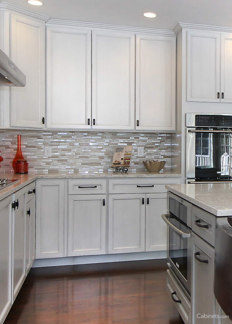 Kitchen Cabinets Com And Bath Stores White Gray Are Perfect If You Want A Subtle Two Toned