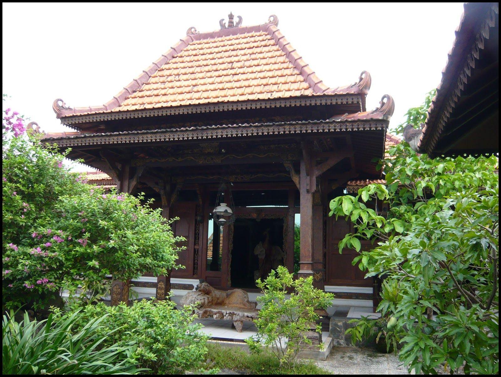 Rumah Adat Bali Namanya