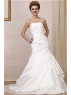 Sexy Mermaid Strapless Chapel Train Wedding Dress