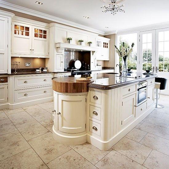 Classic cream kitchen | Traditional kitchen design ideas ...