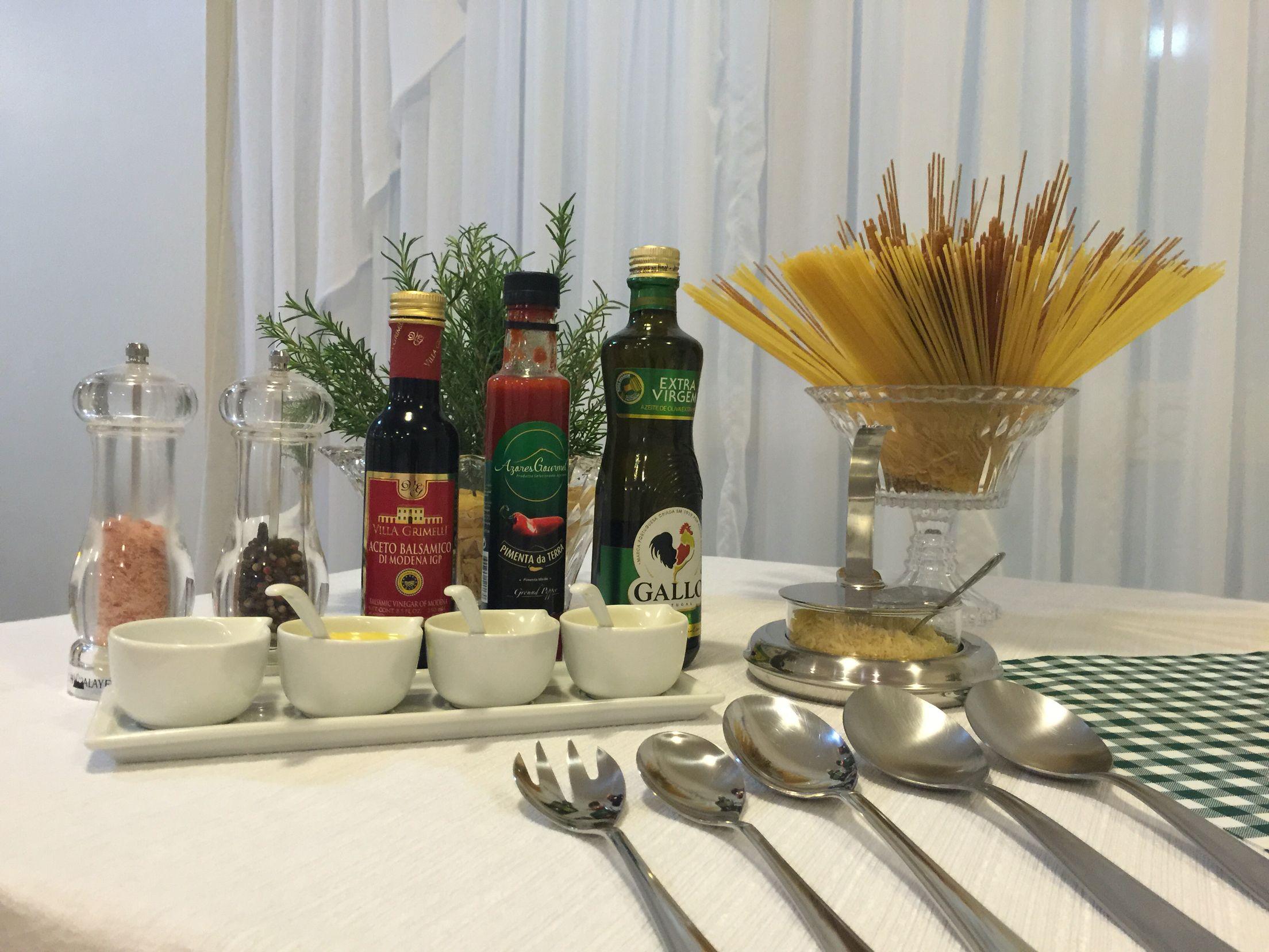 detalhes da mesa noite italiana