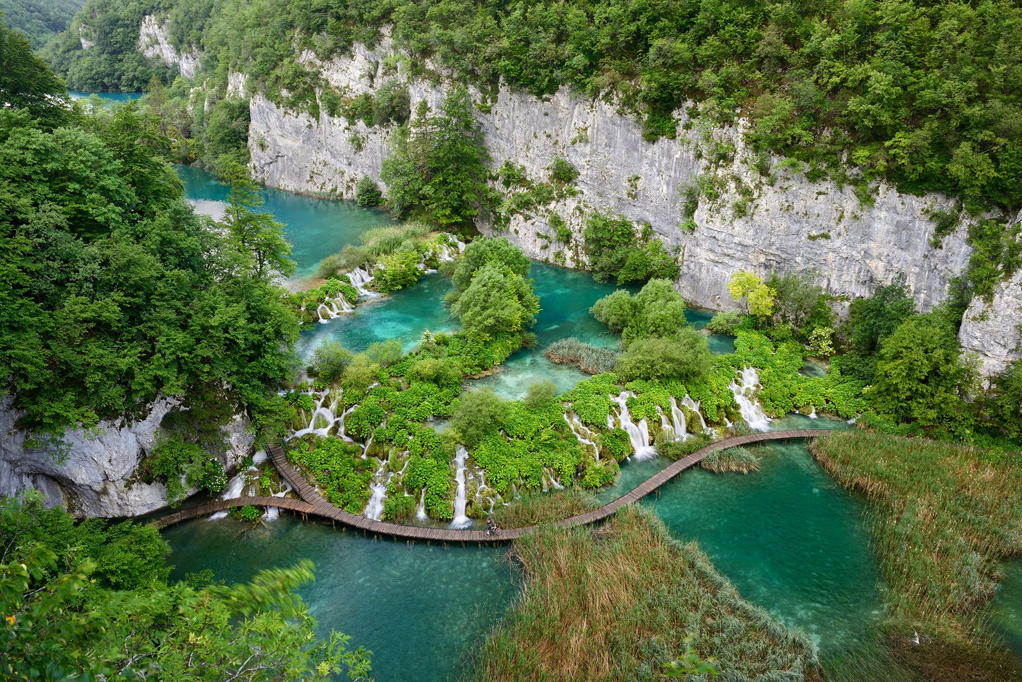 Meandering a maze of turquoise in Plitvice National Park