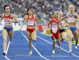 Atletismo Y Algo Más 4756 Mayte Martínez Jiménez Cuarta En Los 800 Me Atletismo Lanzamiento De Martillo Usain Bolt
