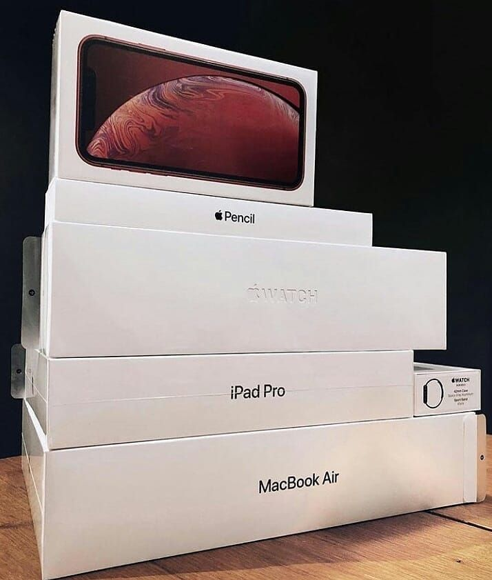 iPhone XR . Apple Watch . iPad Pro . MacBook Air . Apple