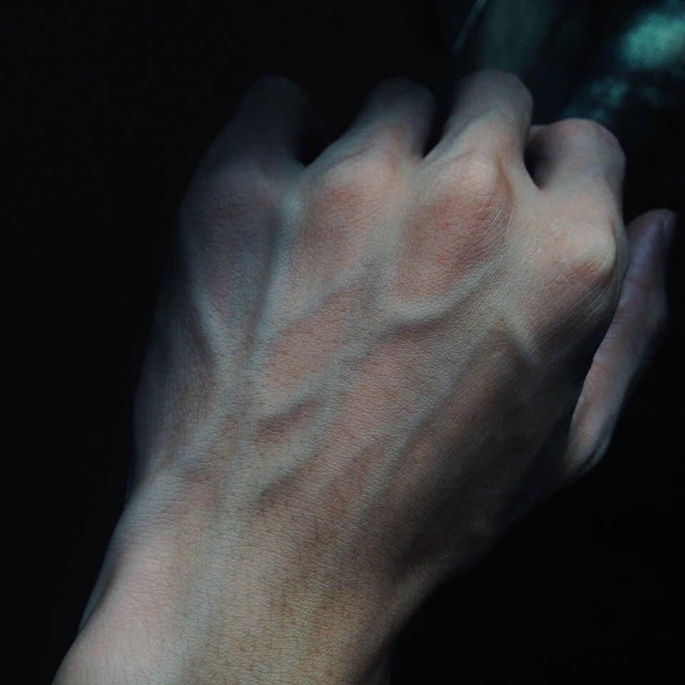 Pin by diede on hands body photography human body hand