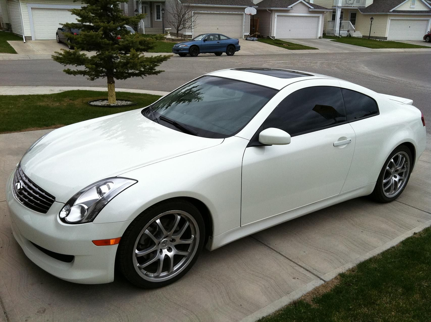 sale for rwd infiniti used coupe