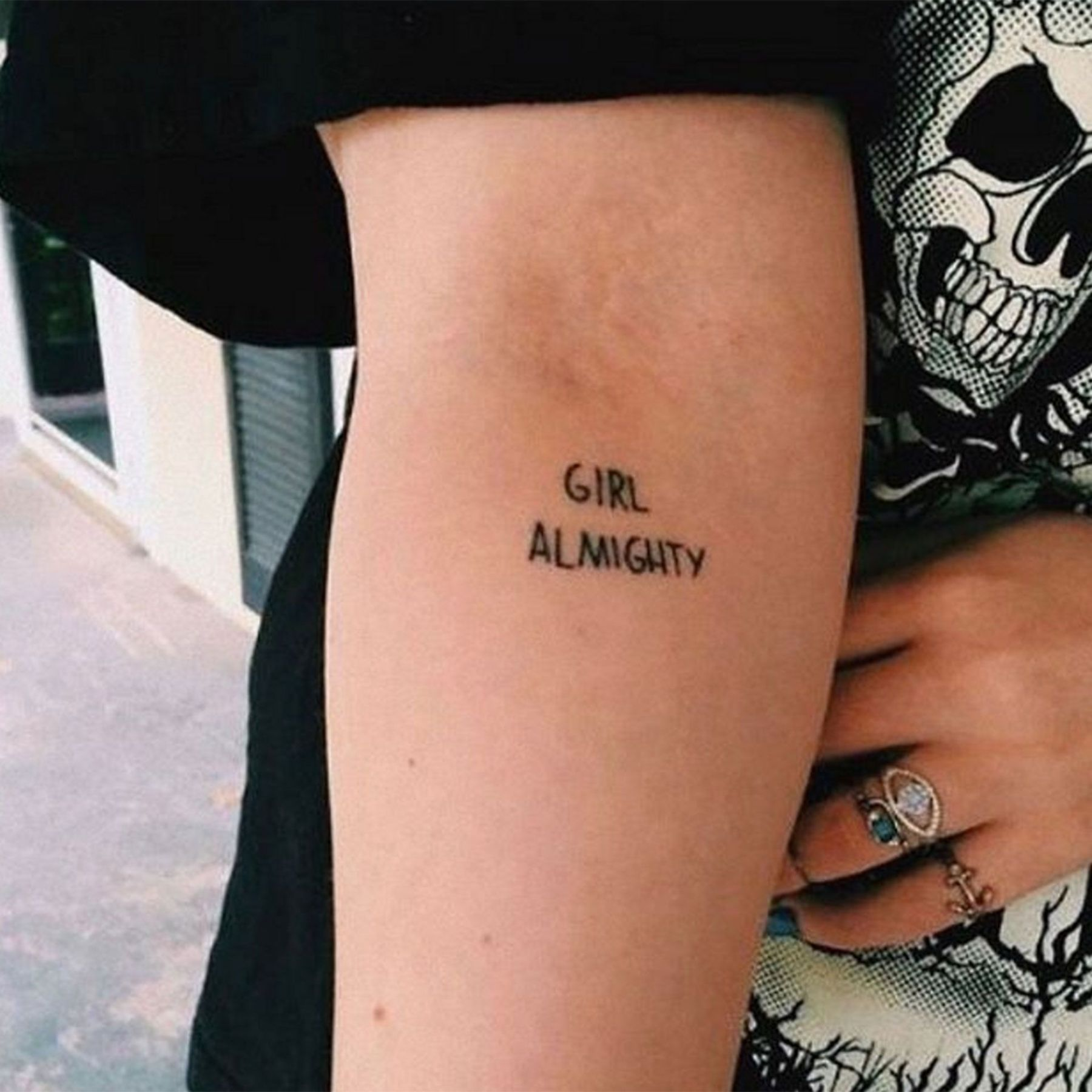 Thinking Of Getting Inked Here S Our Round Up Of The Best Tattoo Ideas From Big And Bold To Small And Delicate Tatuagem Feminista Meninas Tatuadas Tatuagem Poder