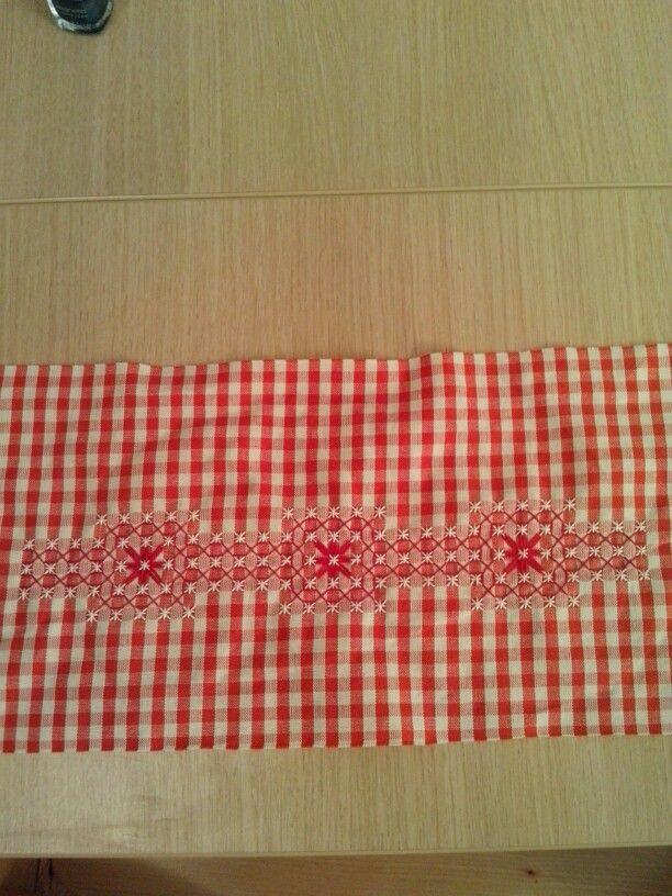 Towel border.