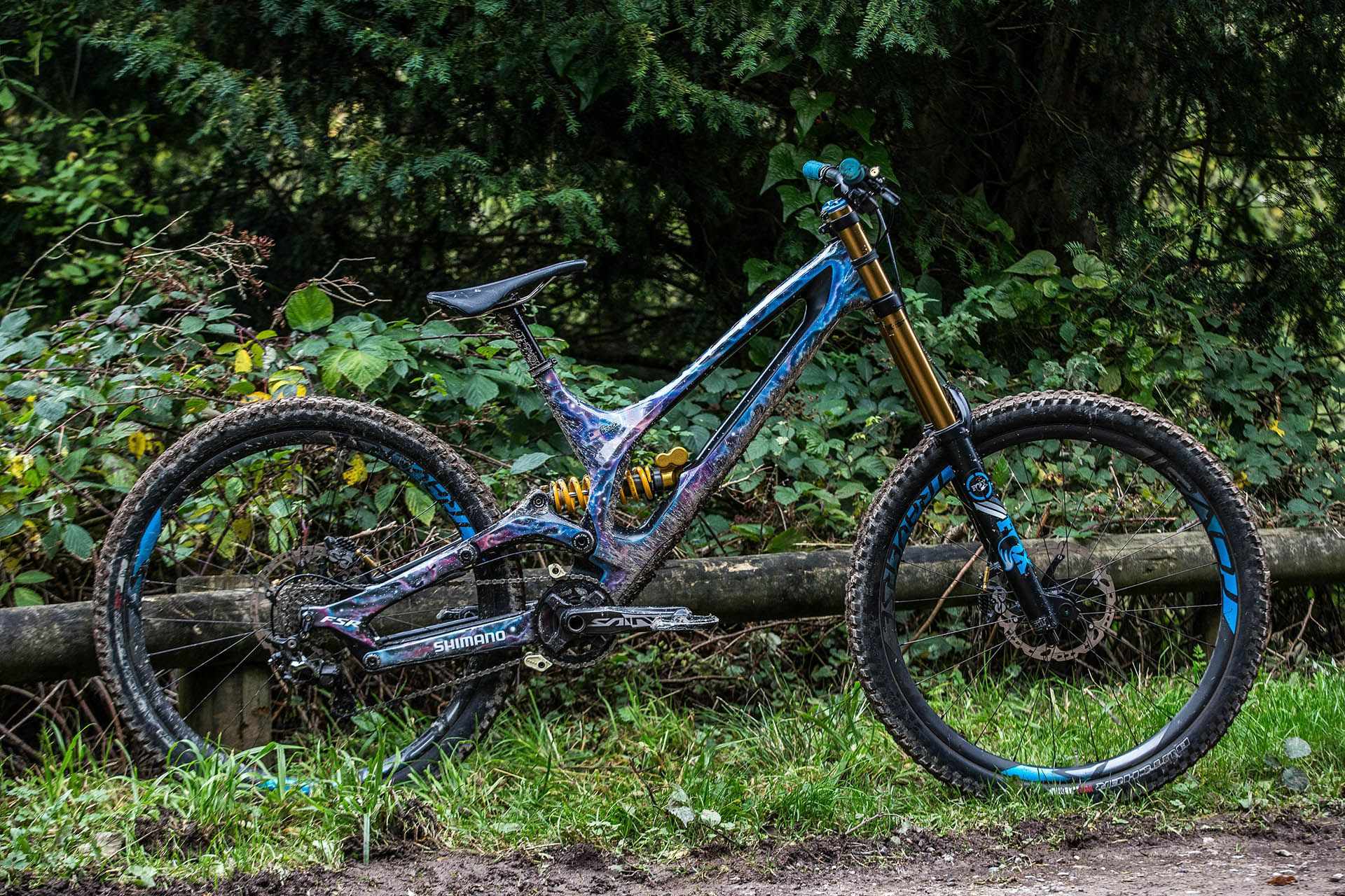 956ad8ea752 Ken Block's Specialized Carbon S-Works Demo 8 | MTB BICYCLES ...