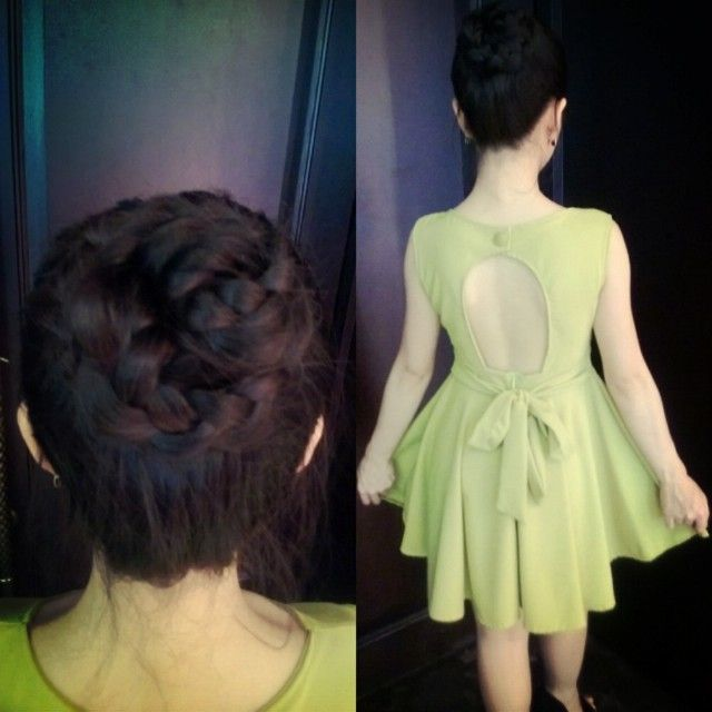 Just a simple backless dress with a simple rose bun :D