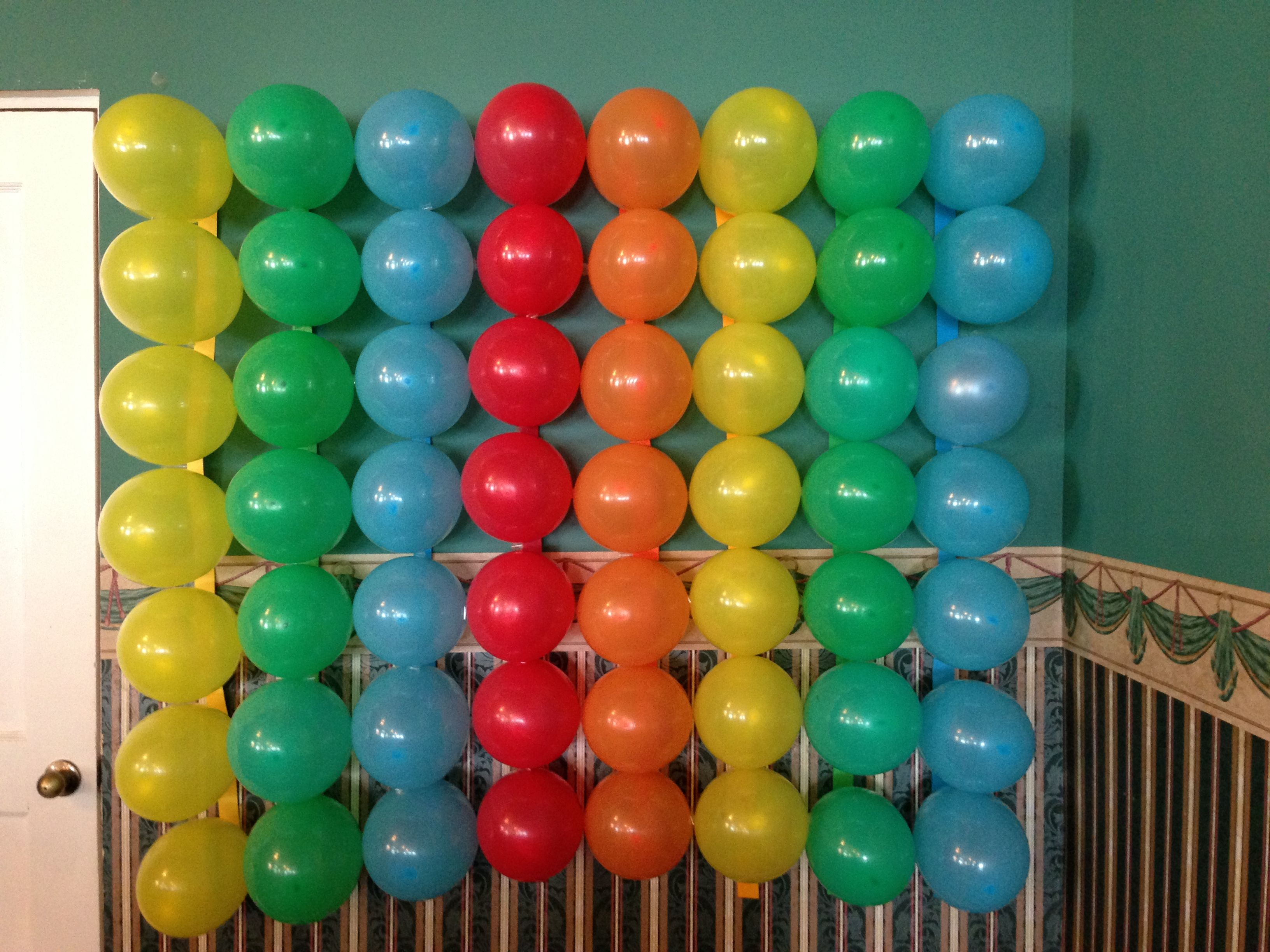 DIY rainbow balloon backdrop for photo booth pics Party