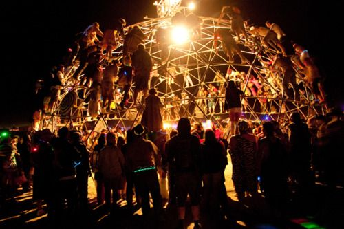 Photo credit: Ken Johnson. All images compiled by Natasha Blank. (via Flavorwire» Photo Gallery: Burning Man 2011)